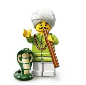 Lego Figur Schlangenbeschwörer